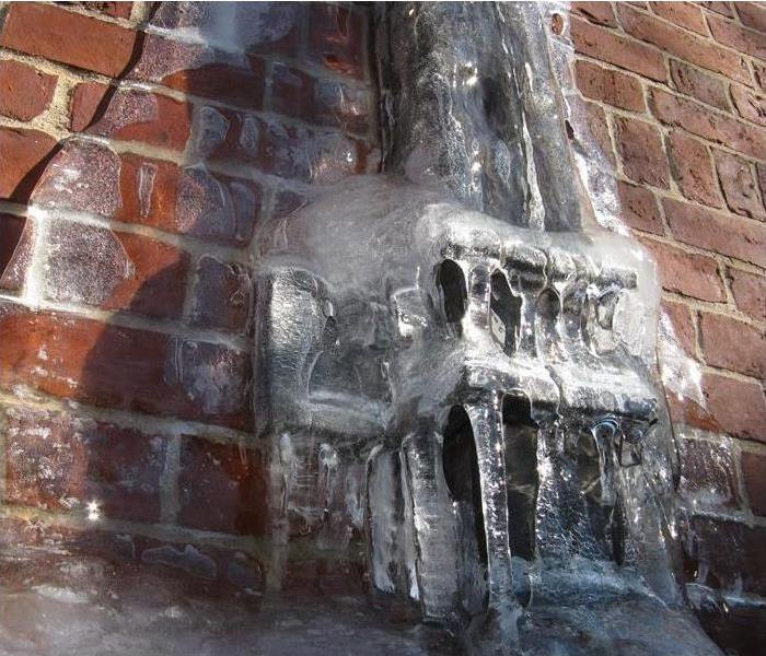 12 Tips For Water Damage Repair: Tips To Prevent Frozen Pipes